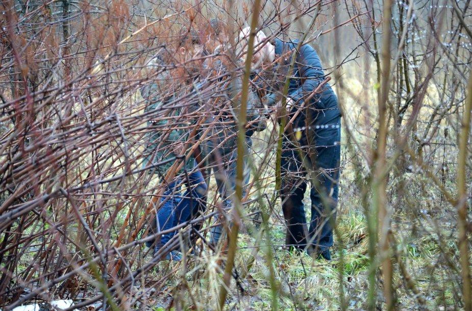 Šiaulių policija drausmino per pertraukas rūkančius paauglius