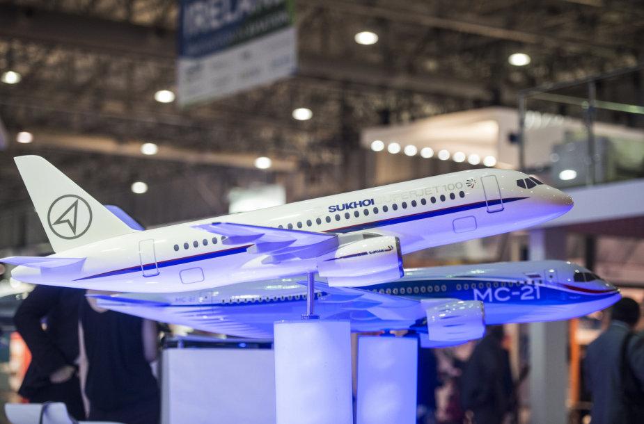 """""""Sukhoi Superjet 100"""" modelis"""
