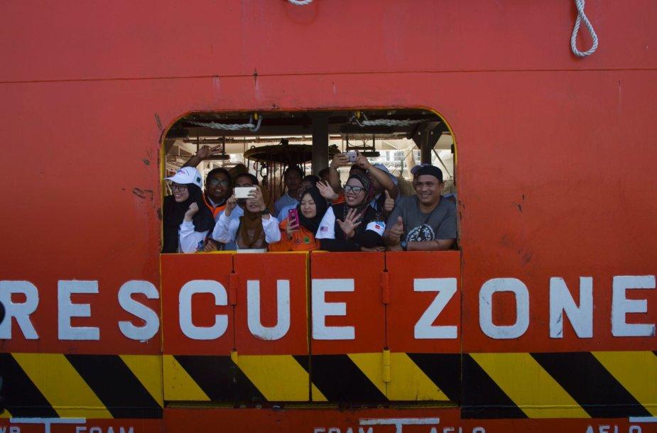 Gelbėtojų laivas Malaizijoje