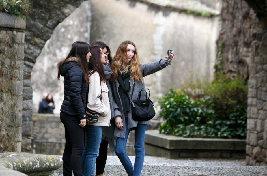 Turistai Žeronoje