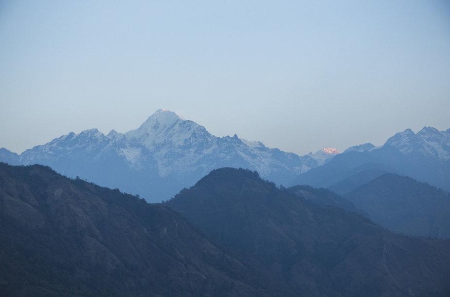 Kalnai auštant
