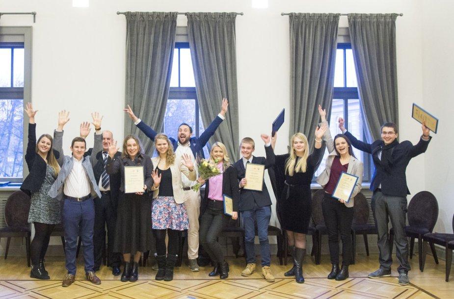 Aktyviausi regionų jaunuoliai įvertinti už žygdarbius ir kūrybiškumą