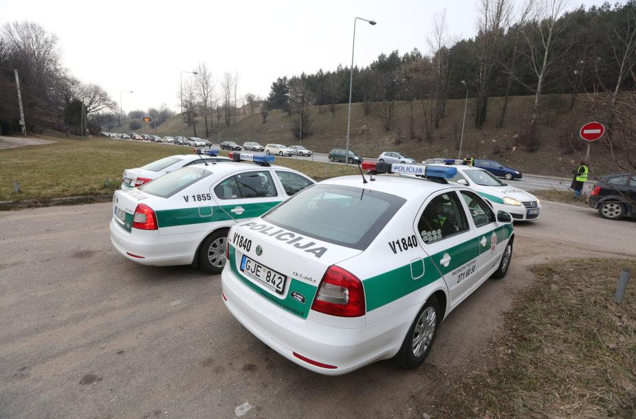 Vilniaus kelių policijos reidas Ukmergės gatvėje