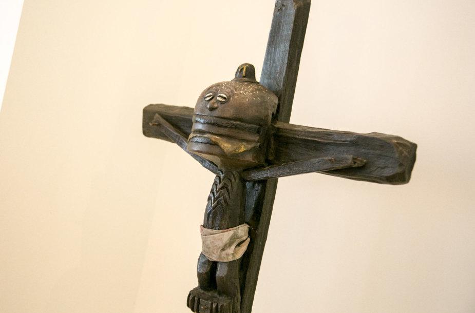 """Lewben Art Foundation"" paroda ""Linijos ir formos"""