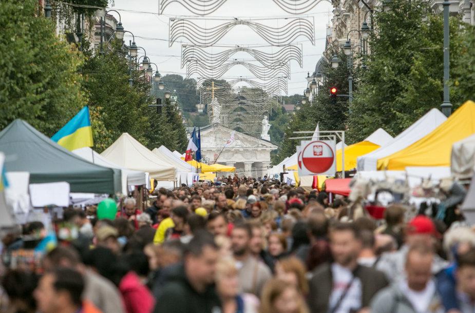 Vilniuje šumuliuoja Tautų mugė 2016