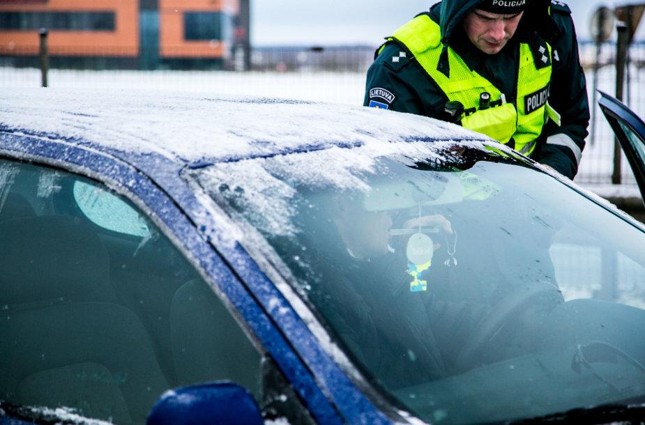 Vilniaus kelių policijos reidas sekmadienio ryte