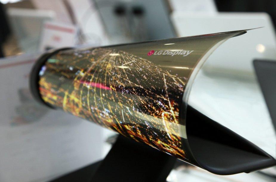 18 colių įstrižainės LG susukamas ekranas