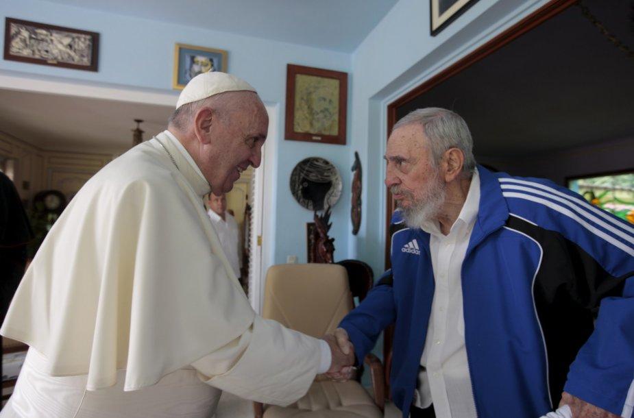 Popiežius Pranciškus susitiko su Fideliu Castro