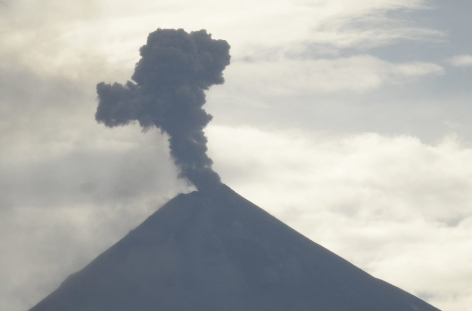 Fuego ugnikalnio išsiveržimas