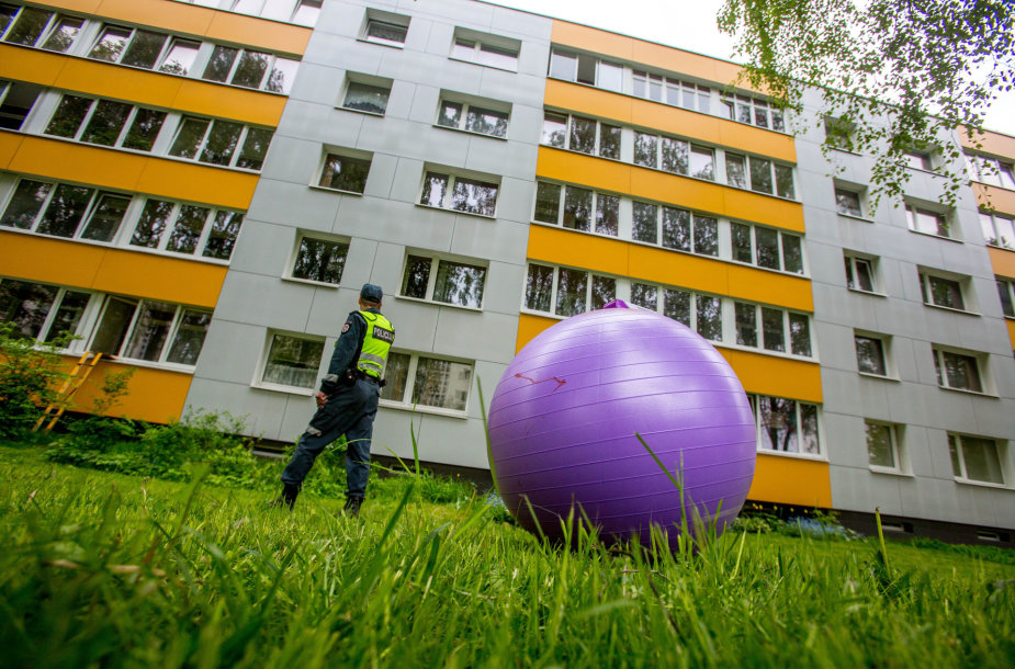 Iš penkto aukšto iššoko vyras Vilniuje