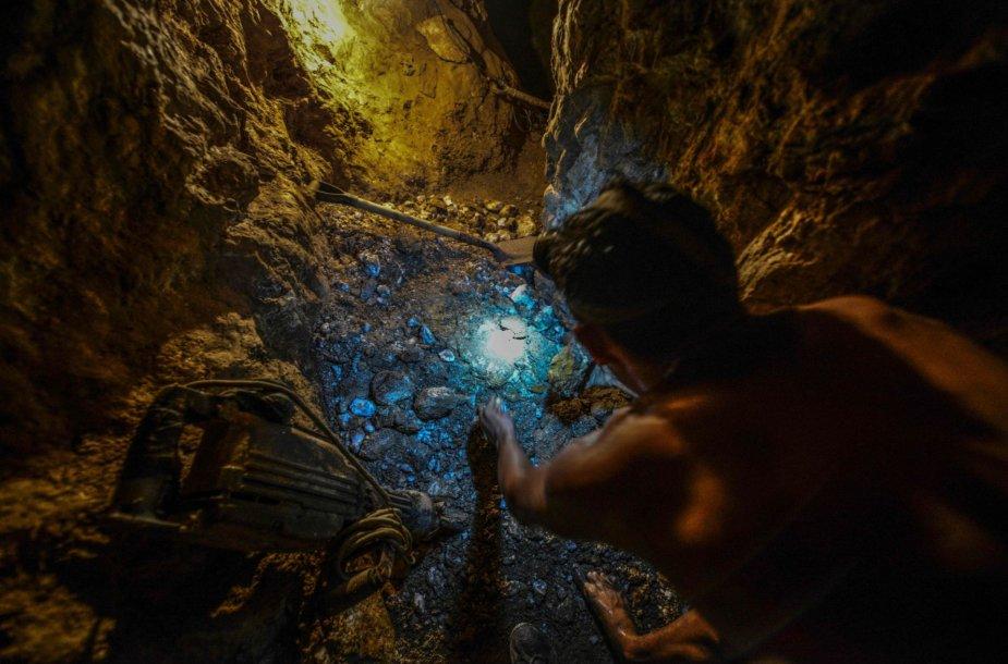 Darbas nelegaliose aukso kasyklose Venesueloje