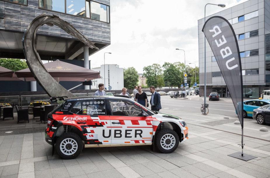 "\""Uber\"" automobilis Vilniuje"