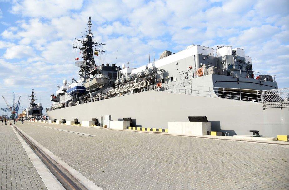 Klaipėdoje lankosi Japonijos jūrų pajėgų laivų eskadra