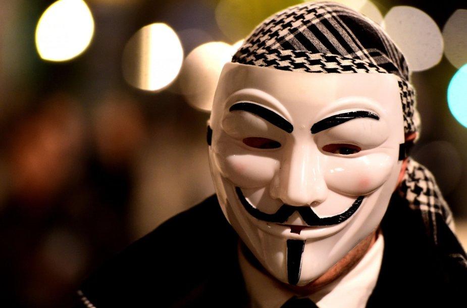 """""""Anonymous"""" simbolis – Gajaus Fokso kaukė"""