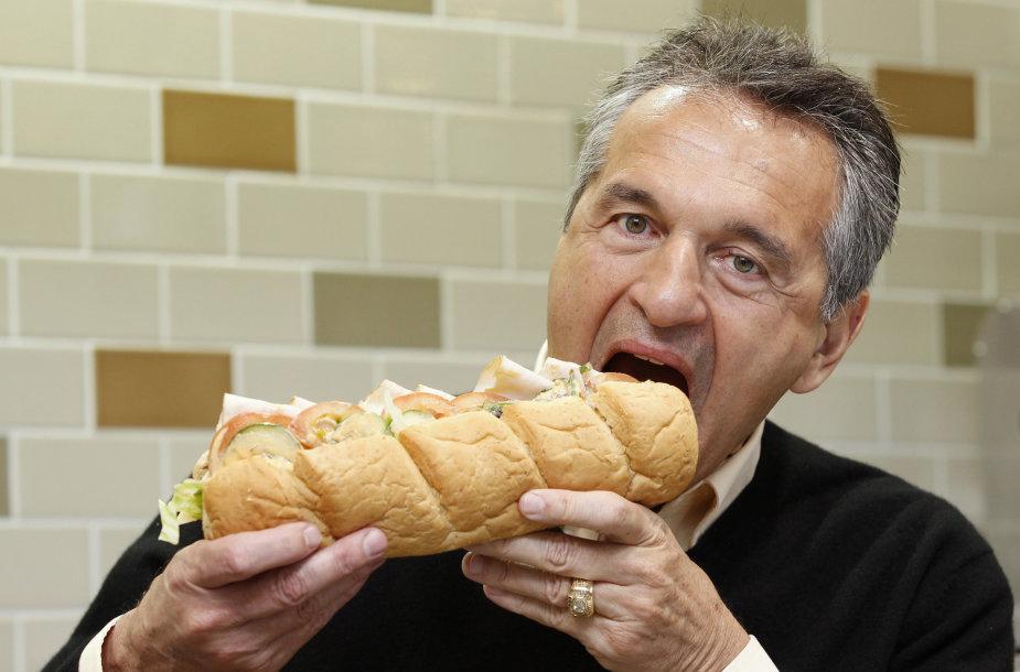 """""""Subway"""" įkūrėjas Fredas DeLuca"""