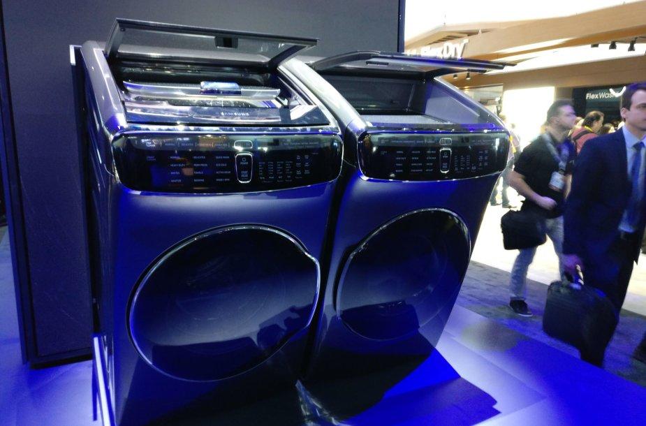 """""""Samsung"""" drabužių skalbyklės ir džiovyklės tandemas"""