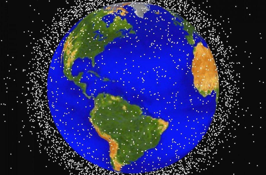 NASA sukurtas kosminių šiukšlių žemėlapis