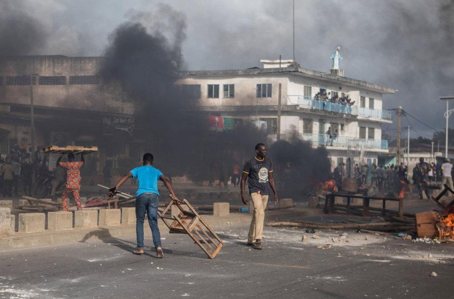 Protestai Benine