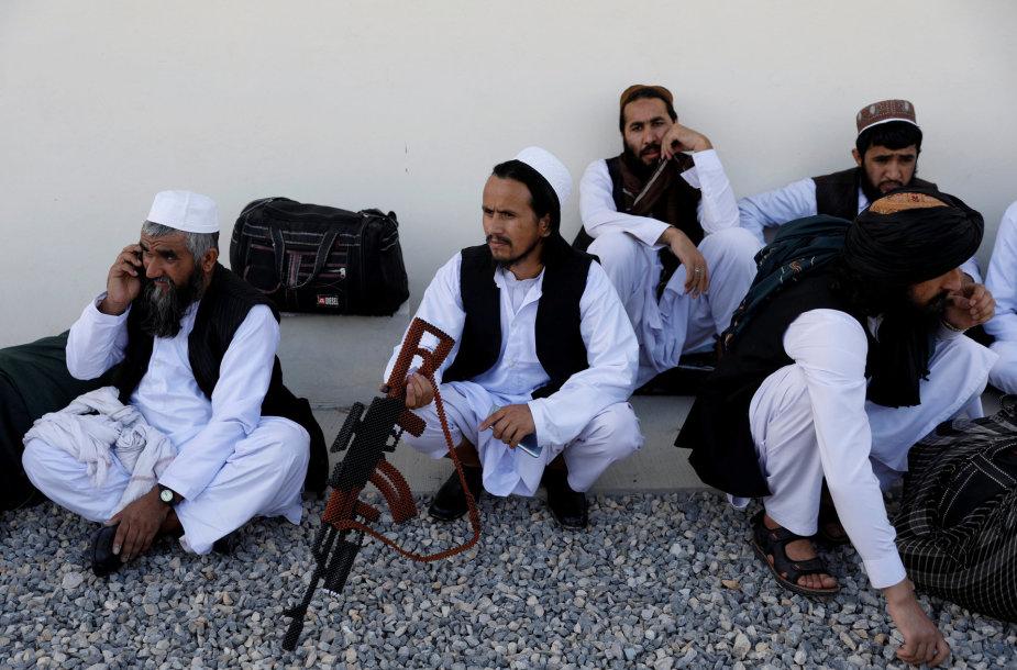 Paleisti talibai