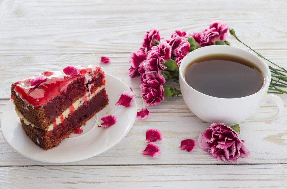 Kava ir tortas