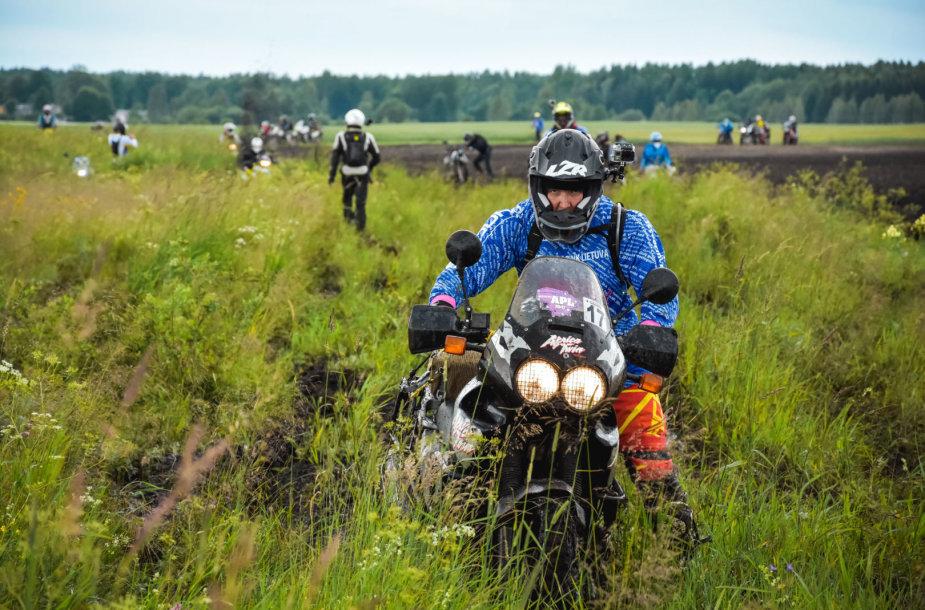 Motociklininkų kelionės APL 2017 pirma diena