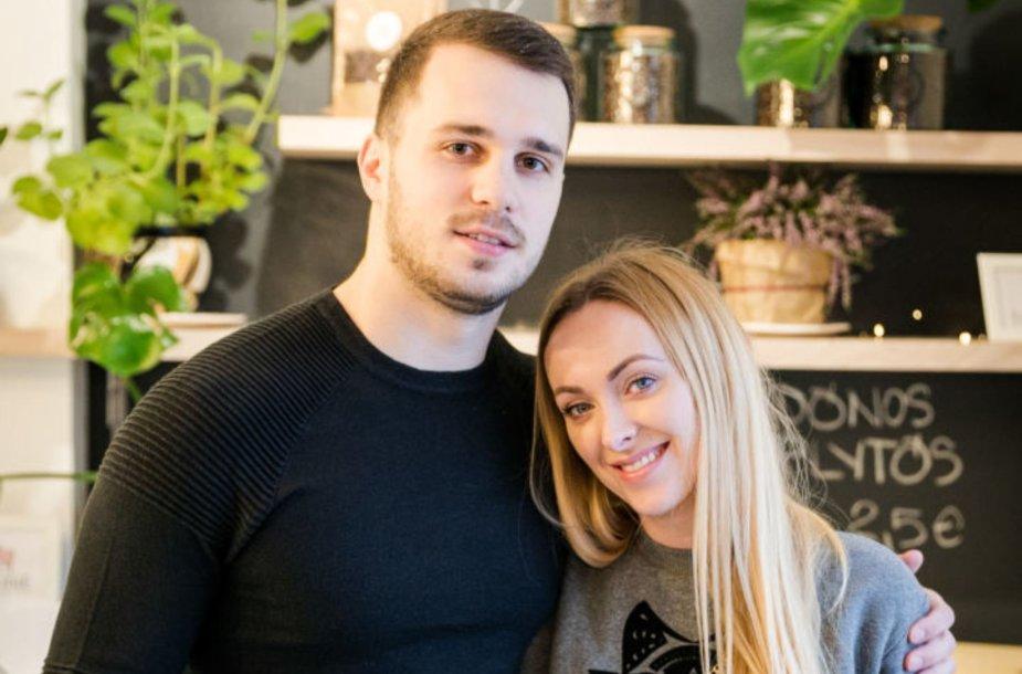 Baiba Skurstene-Serdiukė su vyru Mykolu Serdiuku