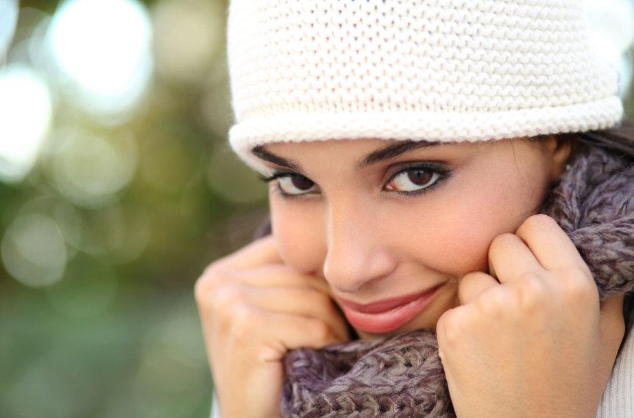 Žiemą tinkamai pasirūpinkite veido oda