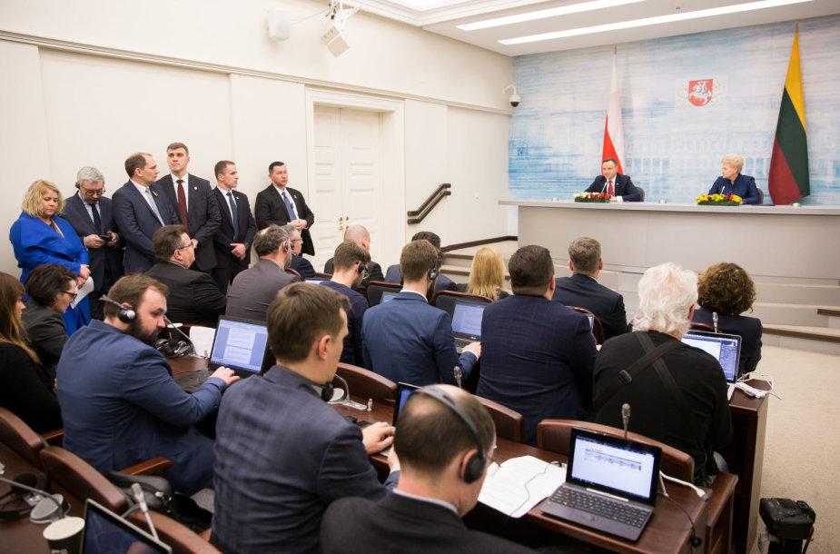 Lietuvos ir Lenkijos Prezidentų spaudos konerencija