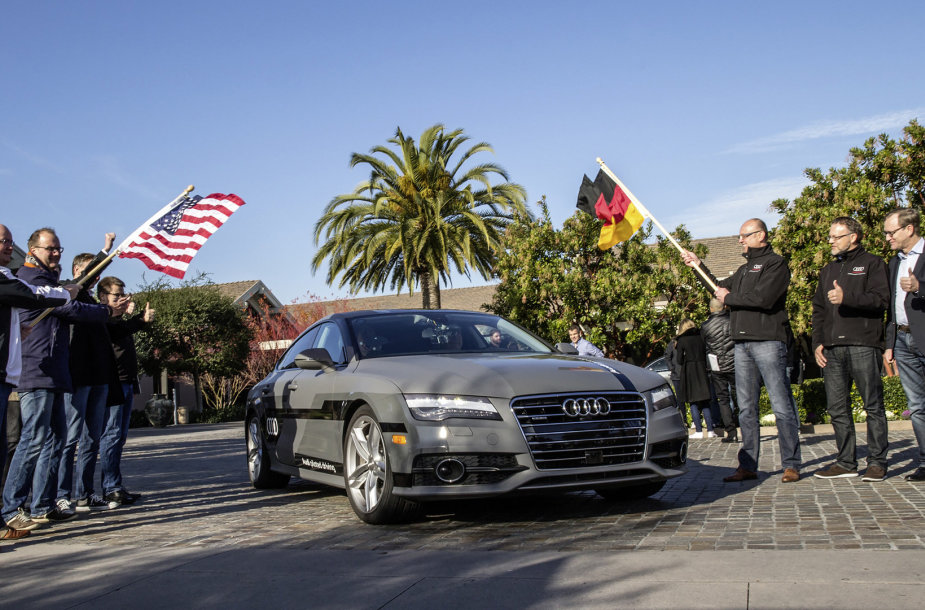 "Autonominis ""Audi A7"""