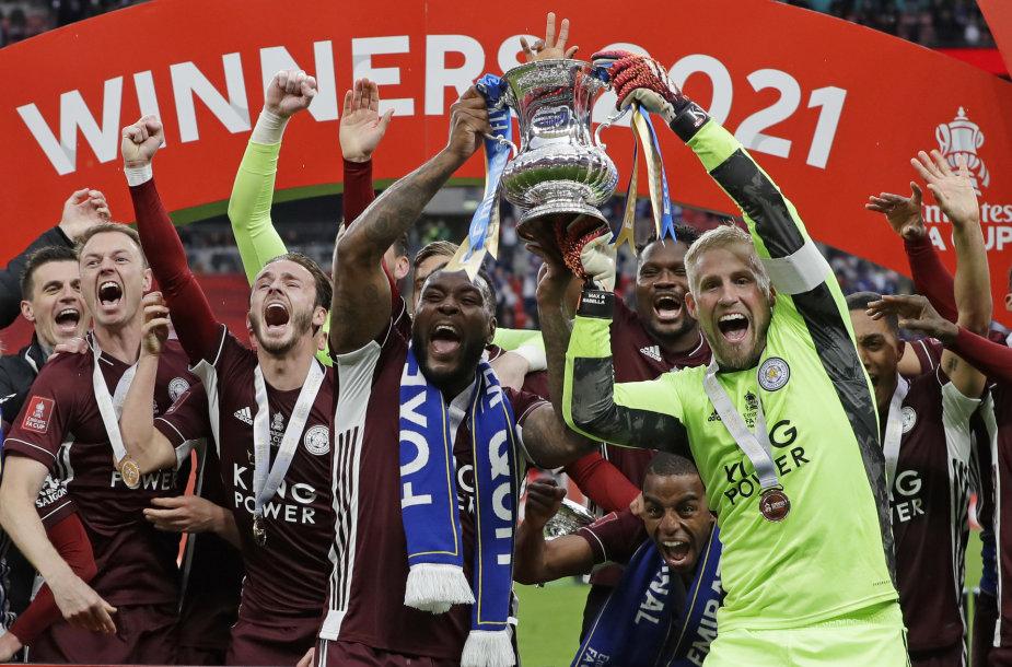 """""""Leicester City"""" pirmą kartą laimėjo FA taurę."""