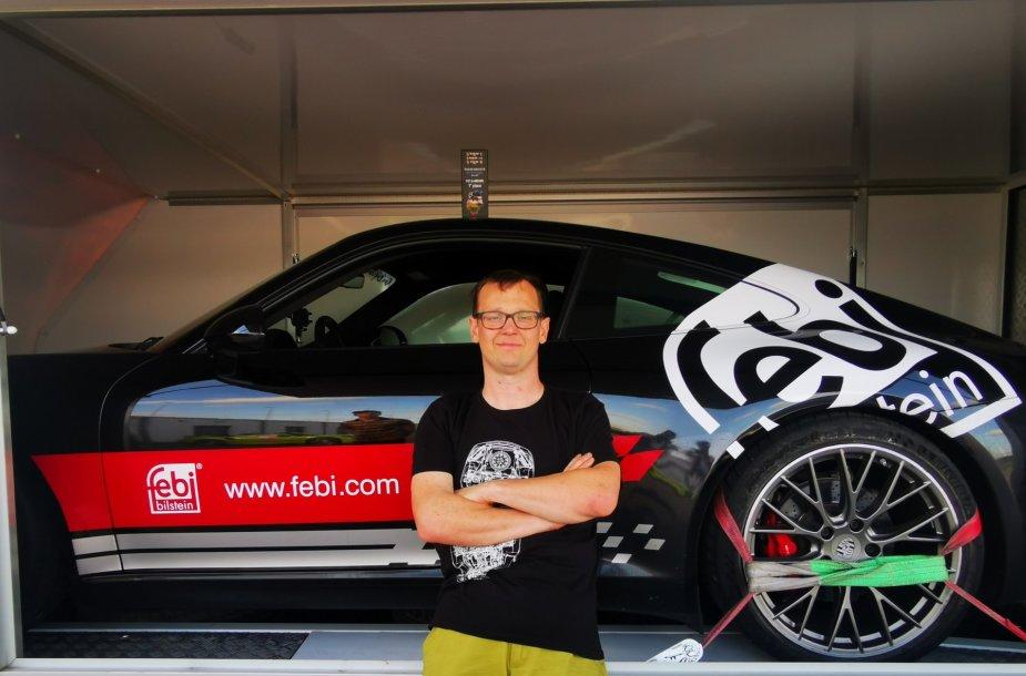 """""""Press Ralyje"""" startuos lietuvis, vadinamas """"Porsche Vikipedija"""", Vytas Bilinskas"""