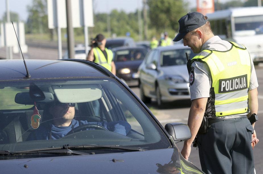 Rytinis kelių policijos reidas