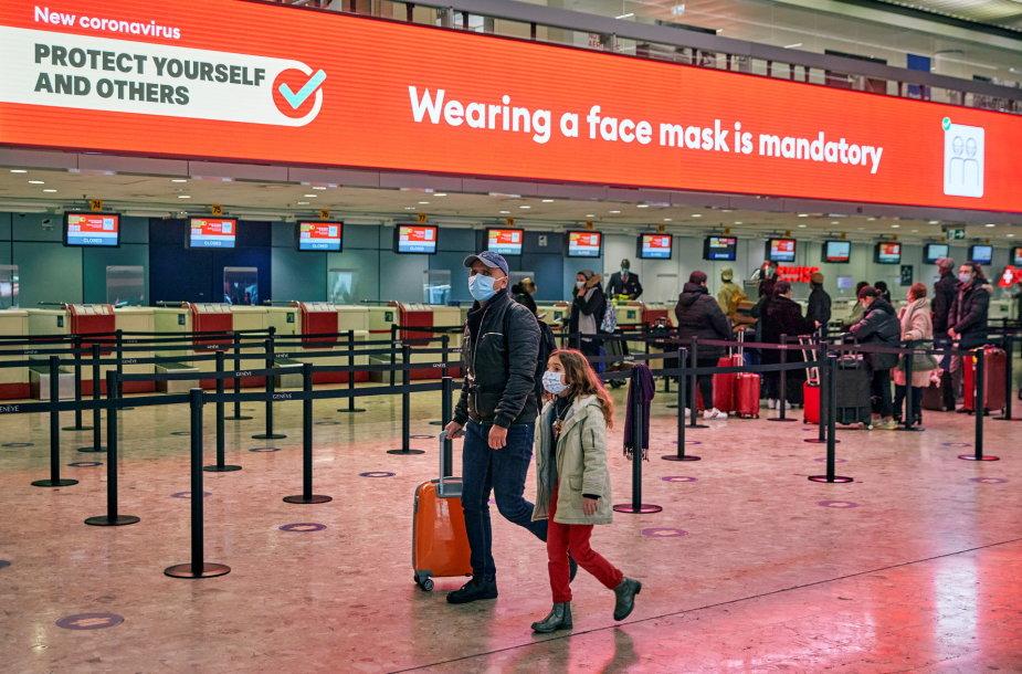 Šveicarija neįsileidžia atvykėlių iš Jungtinės Karalystės ir PAR