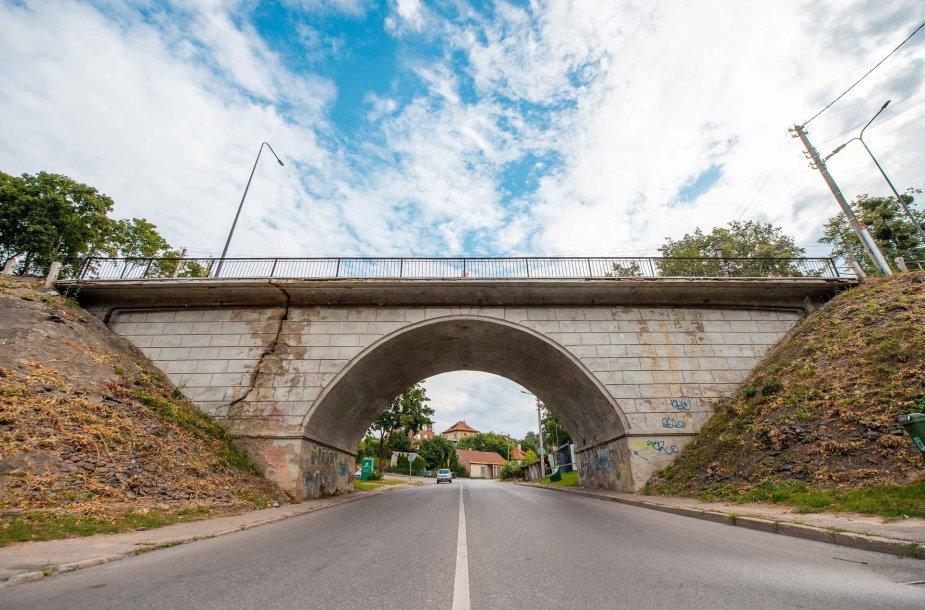 Pradedama Žaliakalnio viaduko rekonstrukcija
