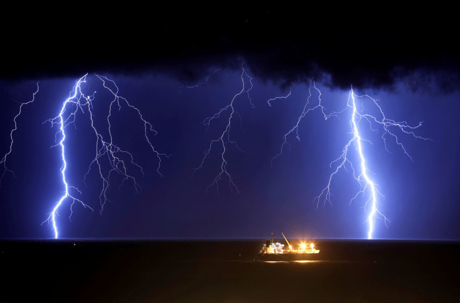 Žaibai jūroje prie Izraelio