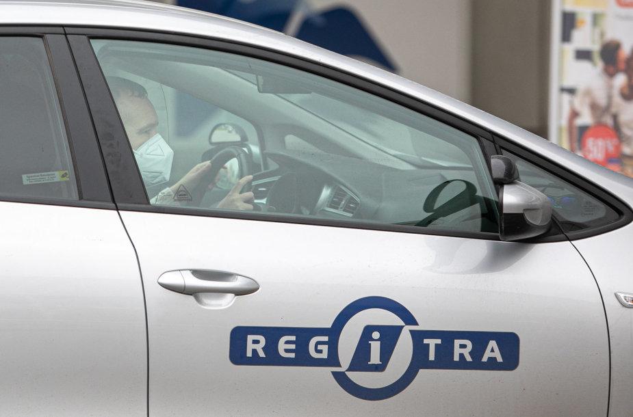 """""""Regitra"""" vairavimo instruktorius"""