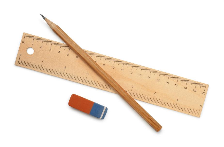 Liniuotė, pieštukas ir trintukas
