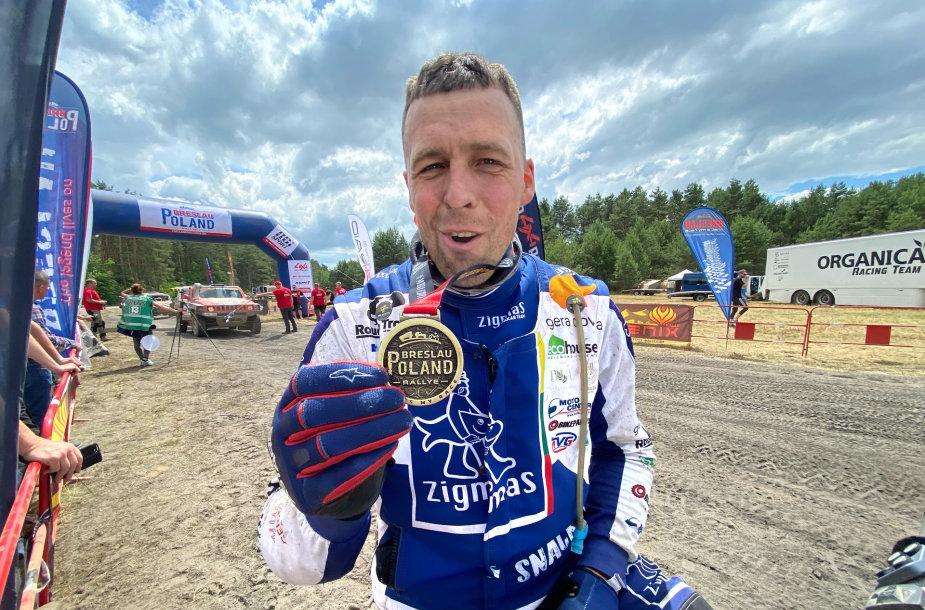 """Arūnas Gelažninkas """"Rallye Breslau"""" Lenkijoje užėmė pirmąją vietą"""