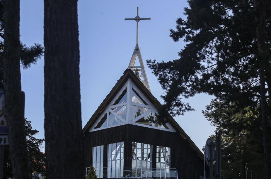 Nidos bažnyčia