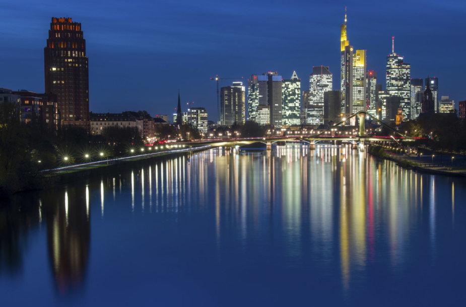 Frankfurtas naktį