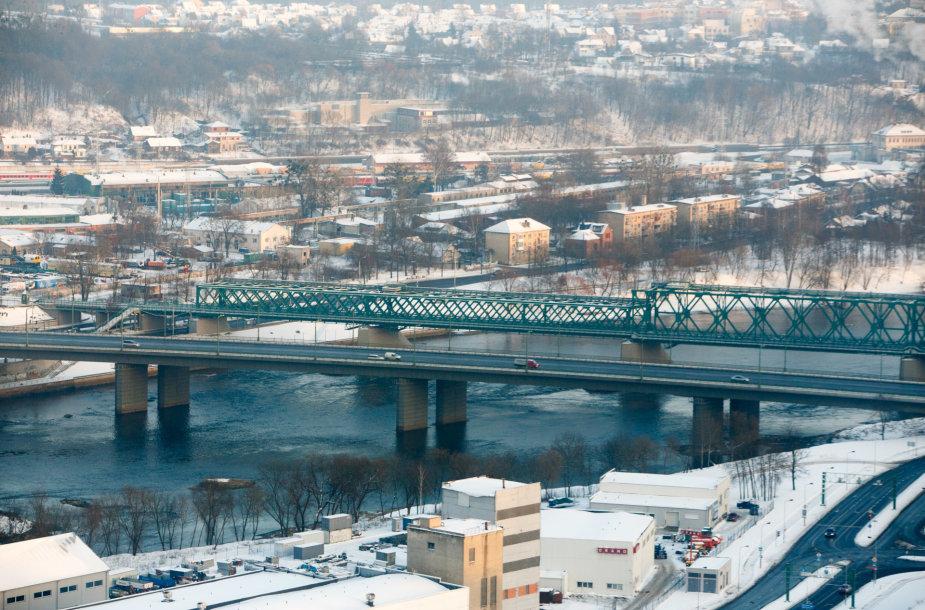 Kaunas ir jo apylinkės pro sraigtasparnio langą