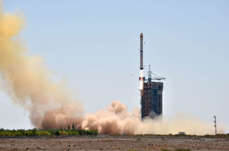 "Raketos ""Long March-4B"" su rentgeno teleskopu startas"