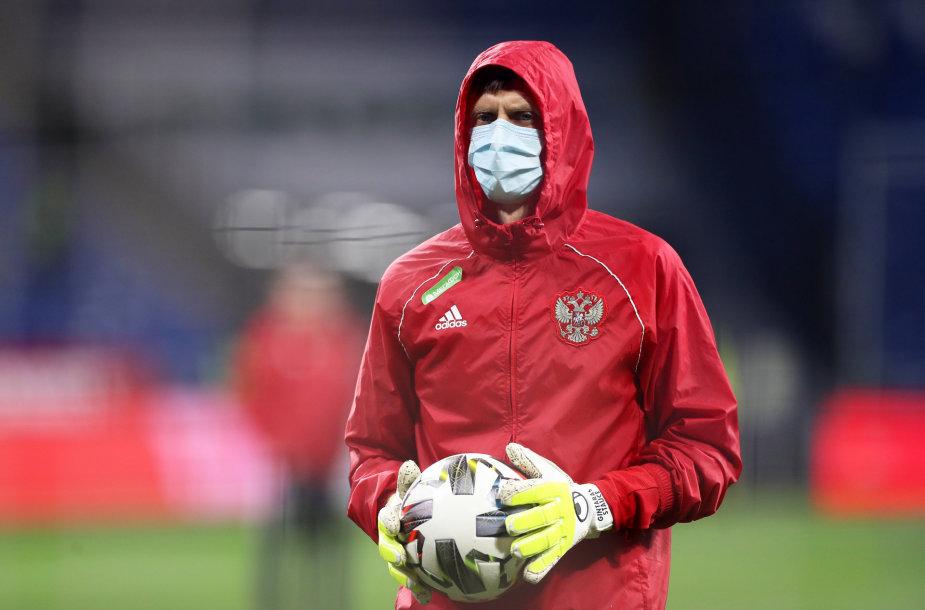 Gintaras Staučė dirba Rusijos futbolo rinktinės vartininkų treneriu.