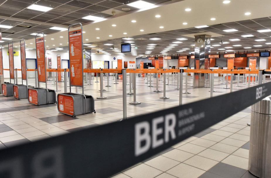 Šėnefildo oro uostas