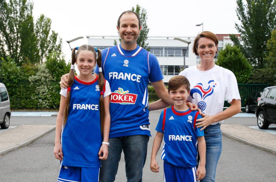 Prancūzų sirgalių šeima