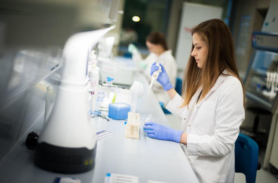 """Gyvybės mokslų studijoms – naujos """"Thermo Fisher Scientific"""" investicijos"""