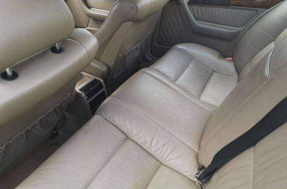 BMW 5 (E34)