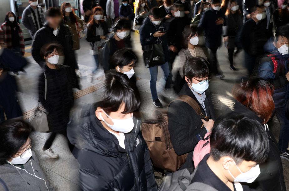 Pietų Korėjoje sėkmingai kovojama su koronavirusu