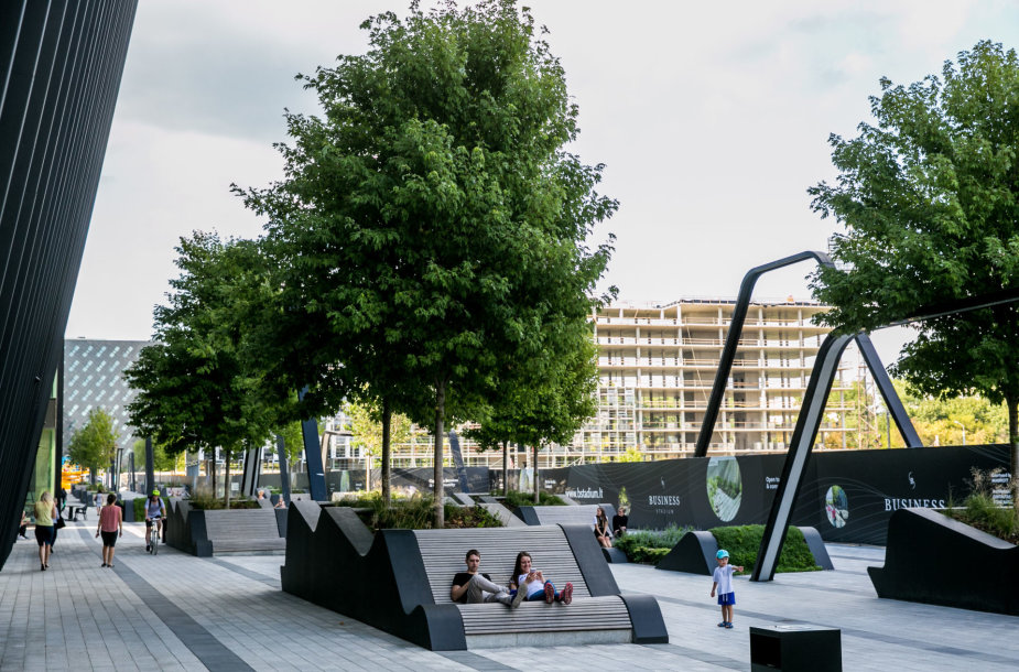 Nauja viešoji erdvė Vilniaus Rinktinės gatvėje