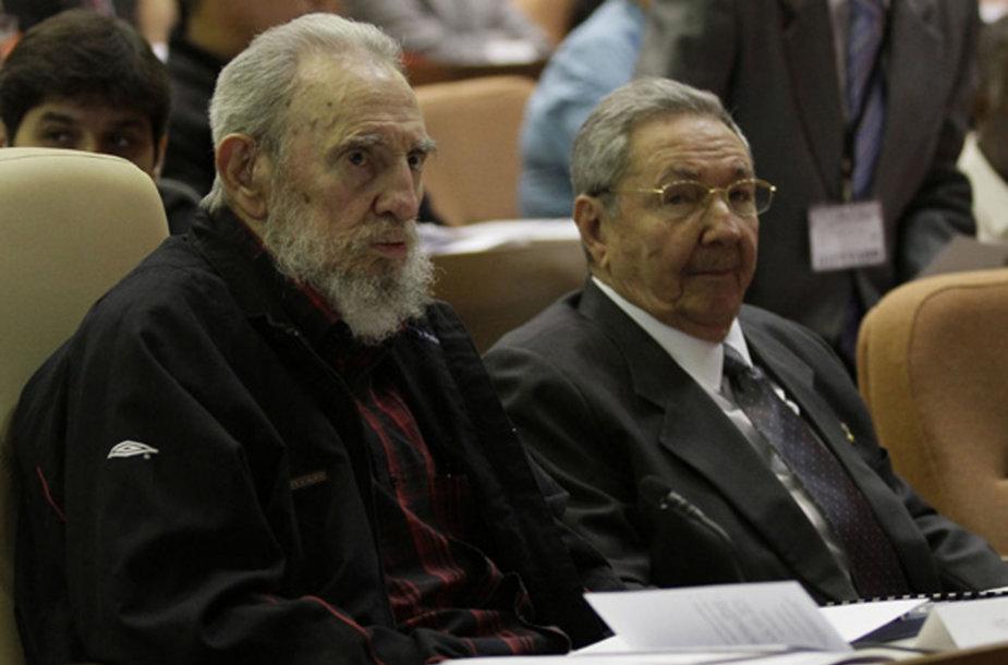 Fidelis ir Raulis Castro